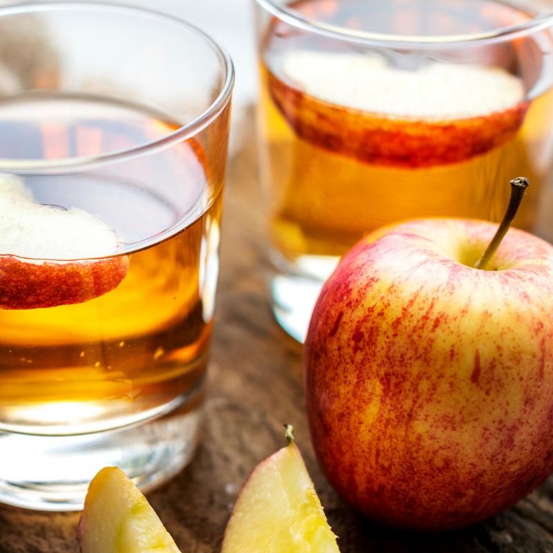 Naminis karštas obuolių sidras