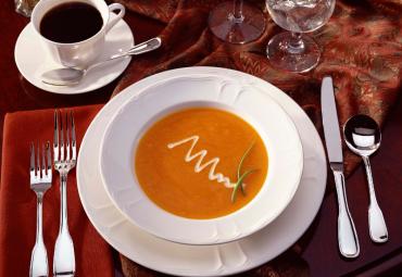 Kreminė moliūgų sriuba su skrudinta duona